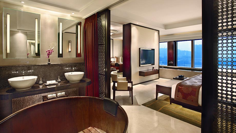 Cotai Pool Suite - King